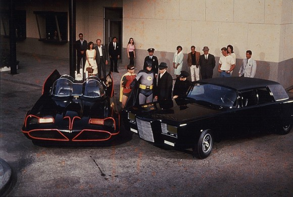 black-beauty-and-batmobile-800x538