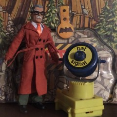 HOLIDAY HOT PICKS #1: In Praise of Commissioner Gordon