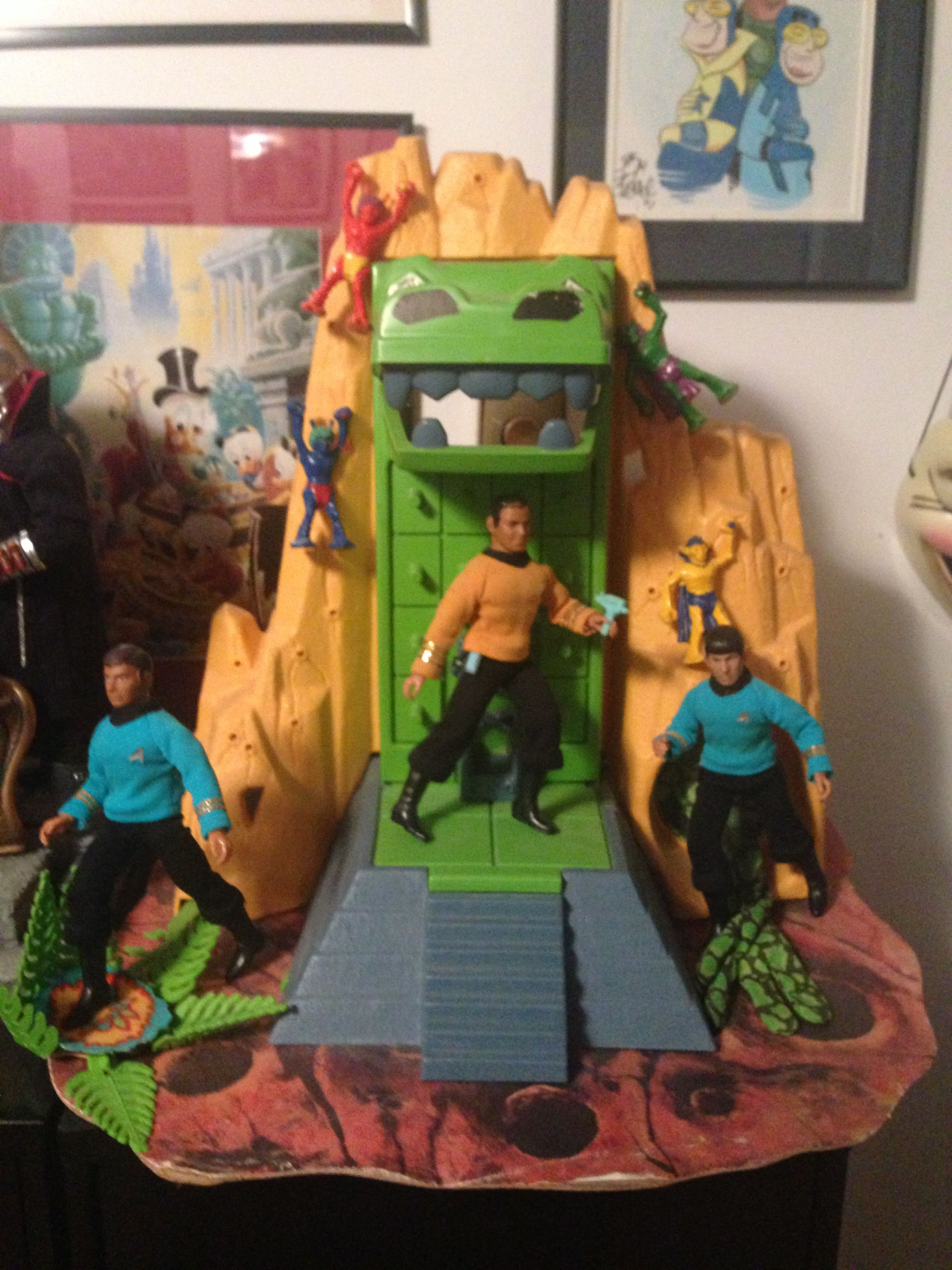"This is the Gamma VI playset, from the episode ""The Apple."" Scott, you need to get a Starsky and Hutch David Soul and put him in a loincloth."
