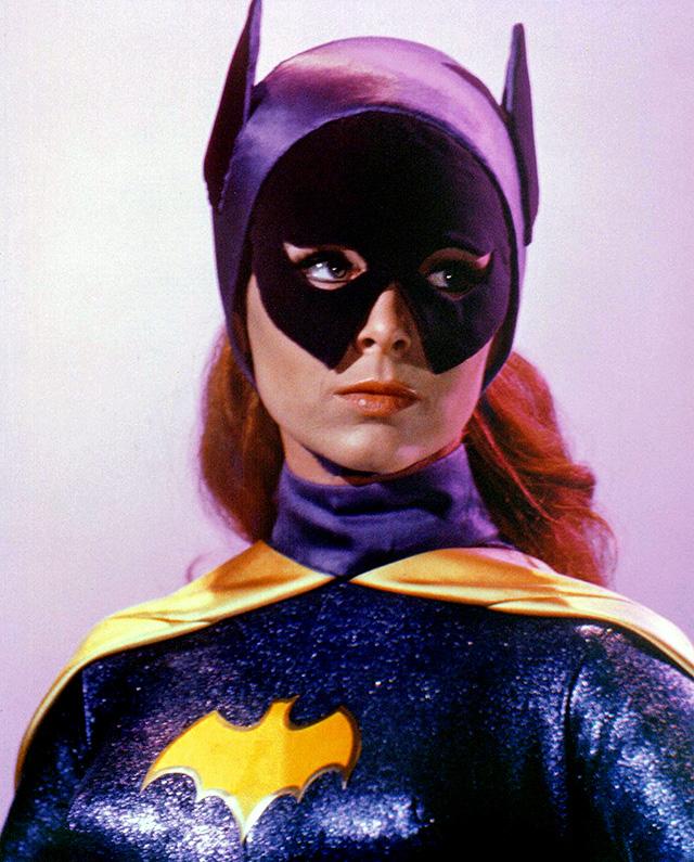 Batgirl_costume_v1