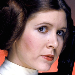 CARRIE FISHER Suffers Massive Heart Attack: Report