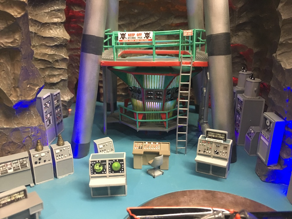 Toy Fair Exclusive Major 1966 Batcave Update 13th