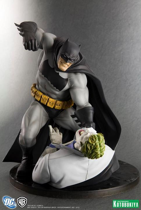 Dark-Knight-Returns-Batman-Statue-1_1343393551