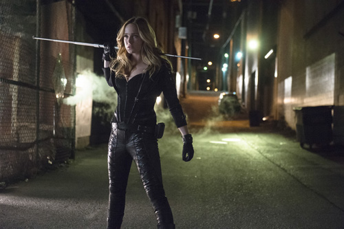 Caity Lotz as Canary -- Photo: Cate Cameron/The CW