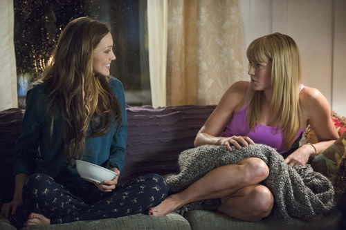 Laurel (Katie Cassidy) and Sara in happier days. Photo: Cate Cameron/The CW