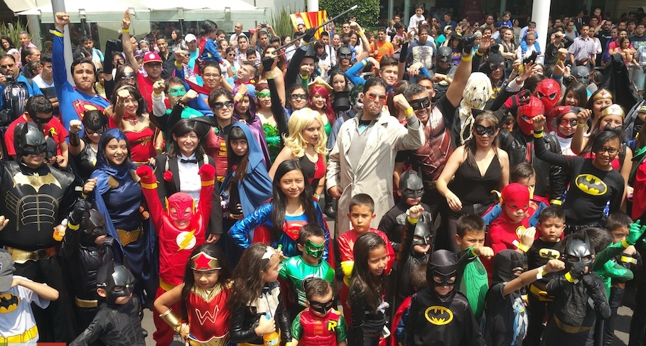 Dc Comics Fans : The amazing world of dc s cosplay event th dimension