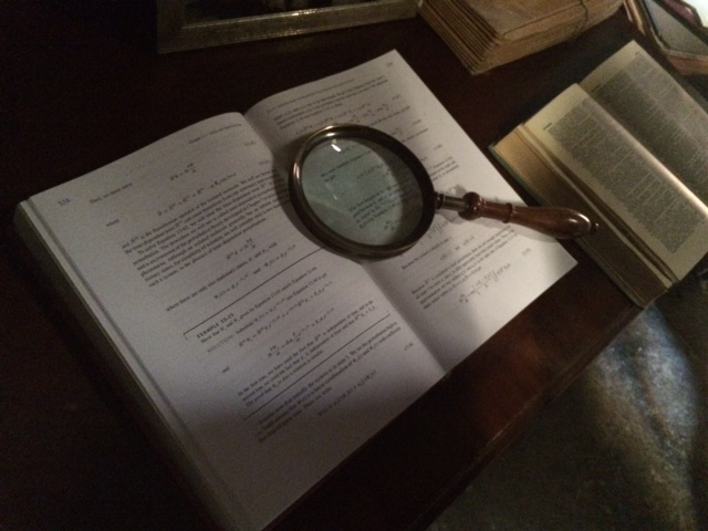 Magnifying glass! Detective stuff!