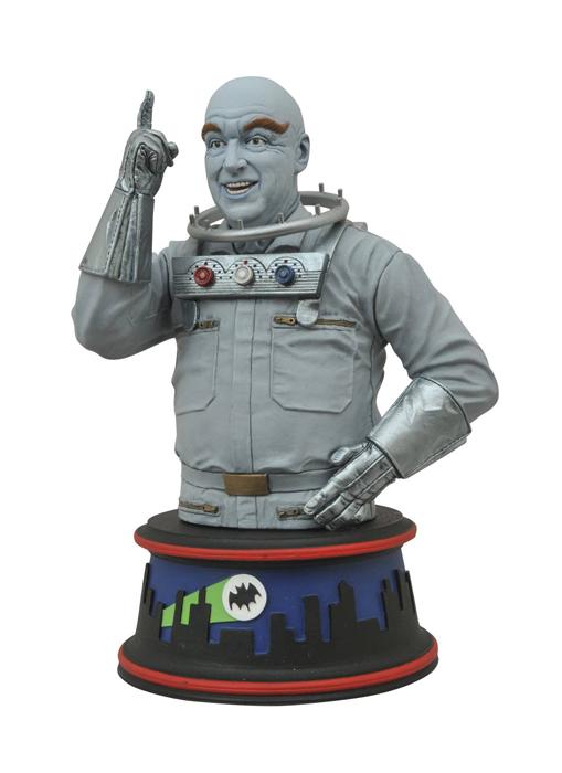 batman-1966-mr-freeze-bust-pre-order-4