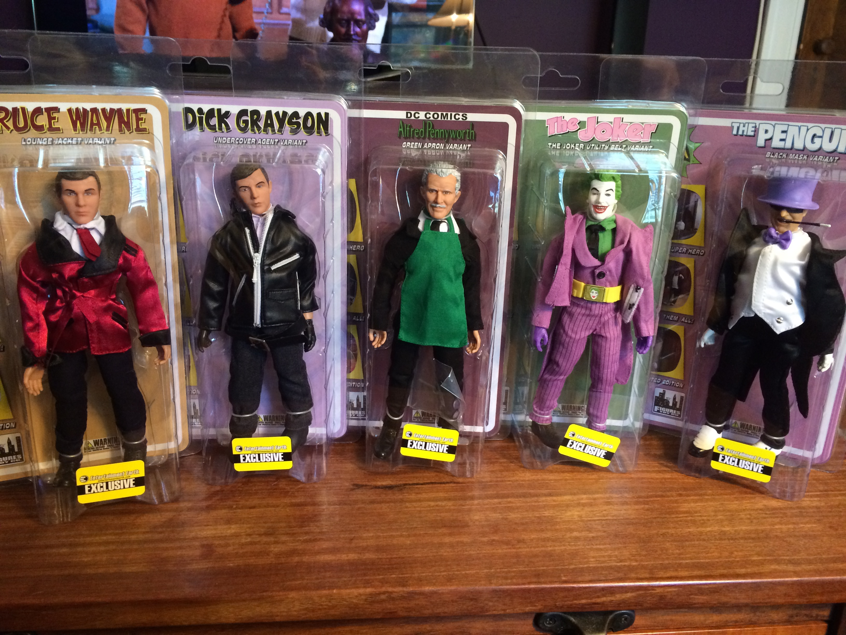 The Entertainment Earth exclusive set.