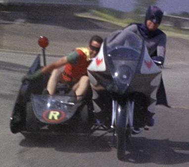 Batcycle_(1966)2