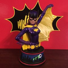 REVIEW: Diamond's Kitschy BATGIRL Mini-Sculpture