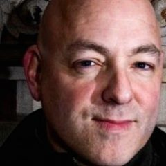 BRIAN MICHAEL BENDIS Leaves Marvel For DC