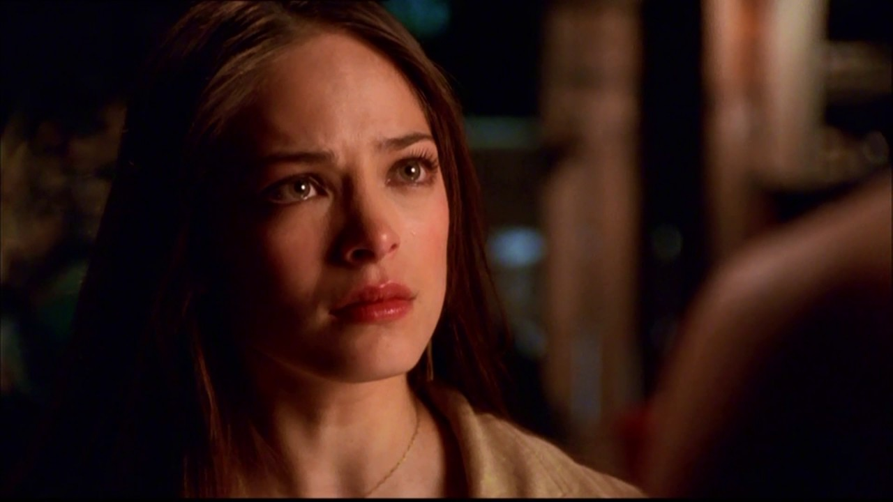 Smallville Kristin Kreuk bryder stilhed på bisarre sexkult 13th dimension-5424