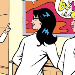 What If BETTY and VERONICA Were Super-Geniuses?