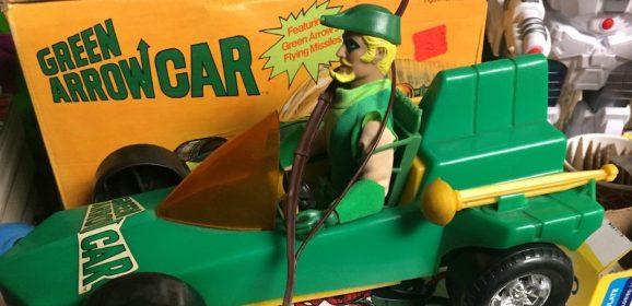 MEGO's GREEN ARROW CAR: Dig This Rare UP-CLOSE LOOK